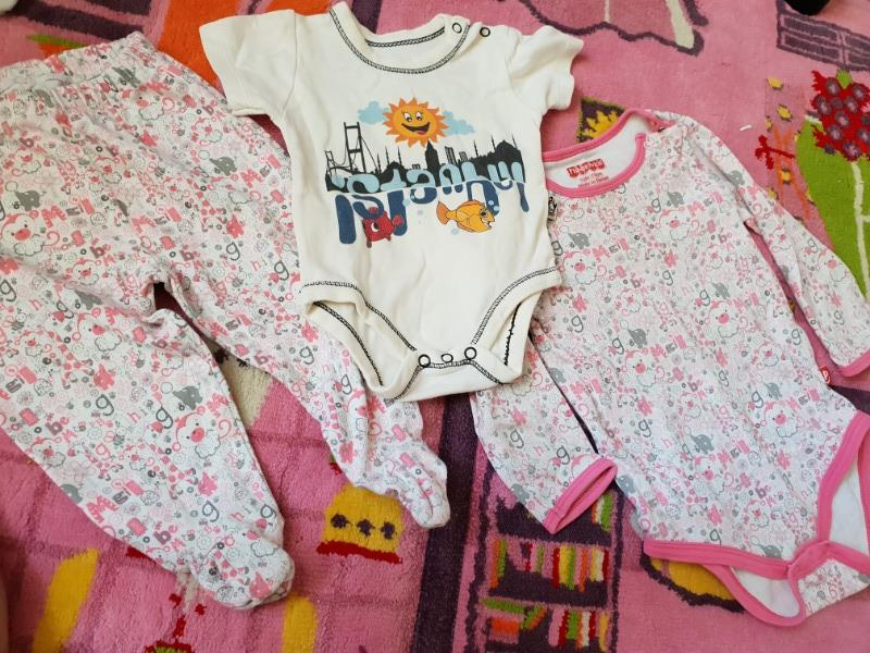 Fisher price body, patikli pantalon ve cıvıl body