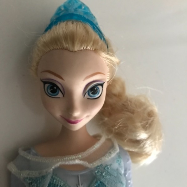 Frozen Elsa Patenci Barbie